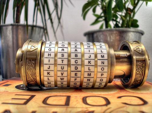 HISTORIA DE LOS SERVICIOS DE INTELIGENCIA Cryptex-criptografc3ada-cc3b3digo-davinci